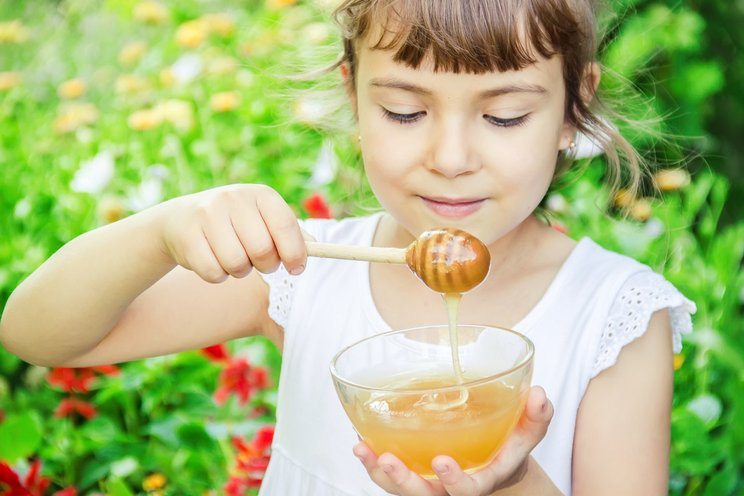 Ternyata madu sangat baik untuk anak anak